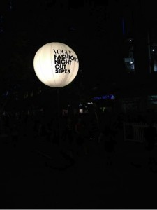vogue_fashion_balloon